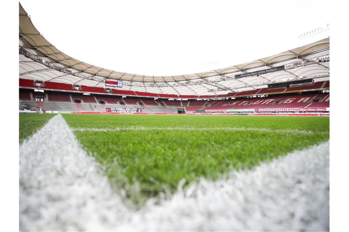 Blick in die leere Mercedes-Benz-Arena in Stuttgart. Foto: Tom Weller/dpa-Pool/dpa/Archivbild