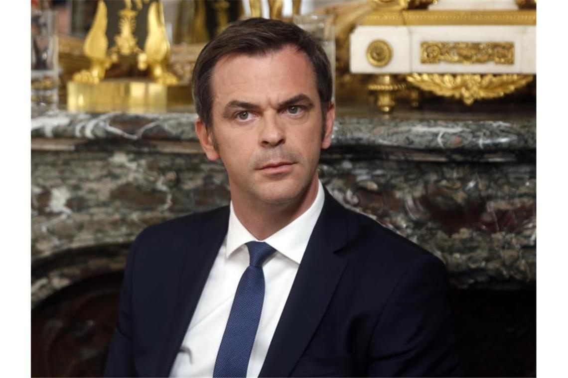 Frankreichs Regierung Stellt Fahrplan Fur Lockerung Vor