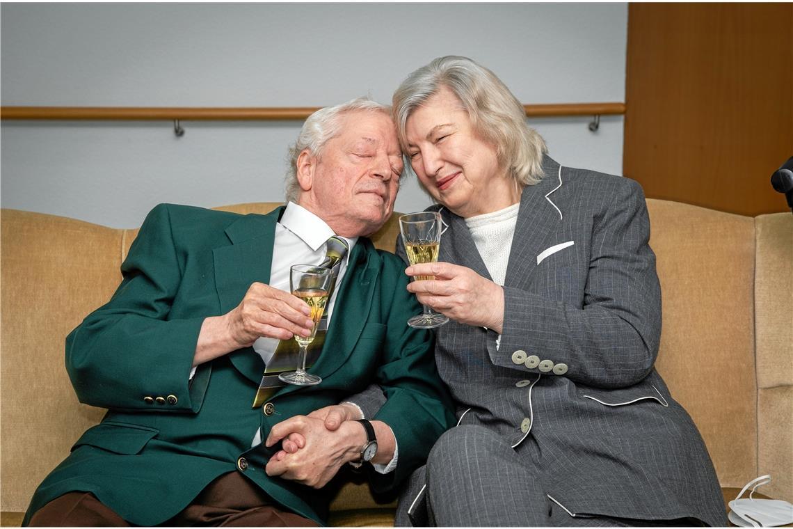 Im Altersheim die große Liebe gefunden