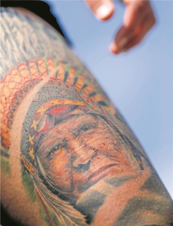 Ganz Körper Tattoo